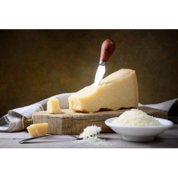Сыр Castelli Пармезан тертый 32% (70 г)