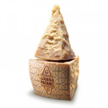 Сыр Grana Padano 30 мес (Пармезан) (290 г)