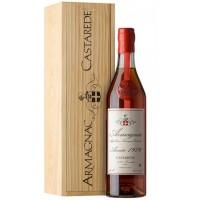 Коньяк Armagnac Castarede, wooden box, 1979 (0,7 л)