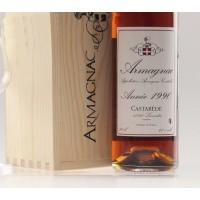 Коньяк Armagnac Castarede, wooden box, 1990 (0,7 л)