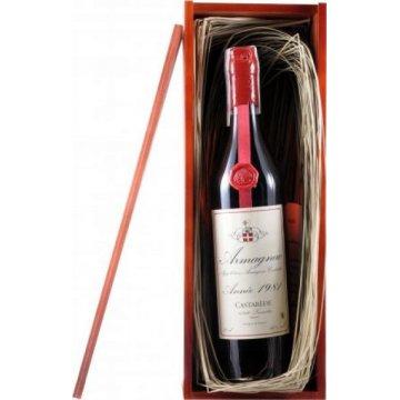 Коньяк Armagnac Castarede, wooden box, 1981 (0,7 л)