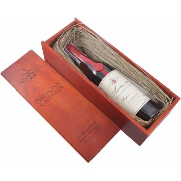 Коньяк Armagnac Castarede, wooden box, 1977 (0,7 л)