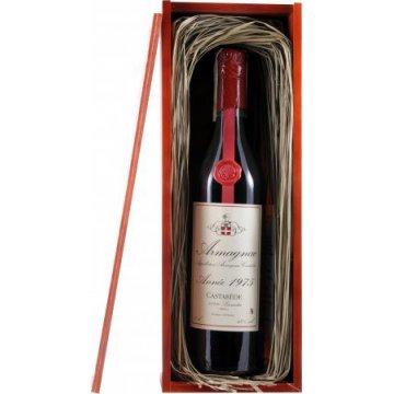 Коньяк Armagnac Castarede, wooden box, 1975 (0,7 л)