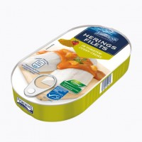Филе сельди Fjordens Herings Filets In Tomaten Curry-Creme, 200 г