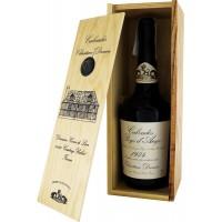Водка Calvados Coeur de Lion Pays d'Auge, wooden box, 1974 (0,7 л)