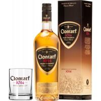 Castle Brands Clontarf 1014 Classic Blend с бокалом