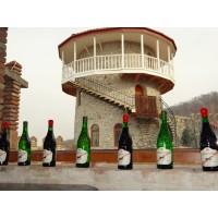 Вино Winiveria Kindzmarauli, Winiveria (0,75 л)