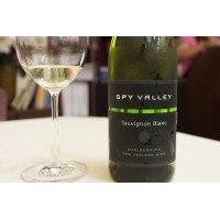 Вино Spy Valley Sauvignon Blanc (0,375 л)