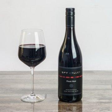 Вино Spy Valley Pinot Noir (0,75 л)