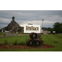 Виски BenRiach 22 Years Old Peated Dark Rum Dunder (0,7 л)