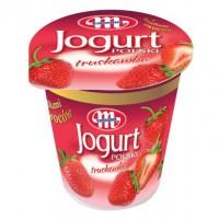 Йогурт клубничный с фруктами Mlekovita (150 г)