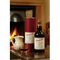 Виски Glenfarclas 15 Years Old, gift box (0,7 л)