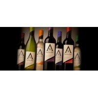 Вино Santa Ana Varietales Shiraz (0,75 л)