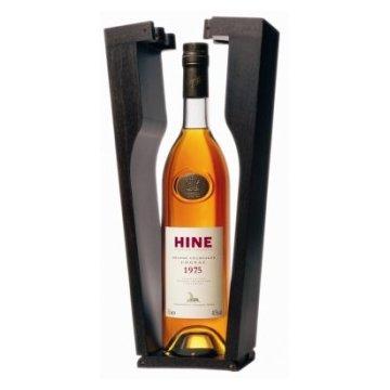Коньяк Hine Grande Champagne, wooden box, 1975 (0,7 л)