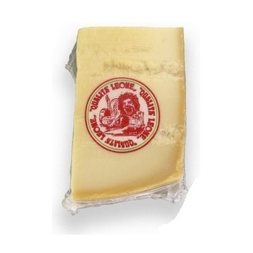 Сыр Grana Padano Retinato фасовка (Leone)