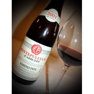 Вино Emidio Pepe Montepulciano d'Abruzzo Riserva, 2001 (0,75 л)